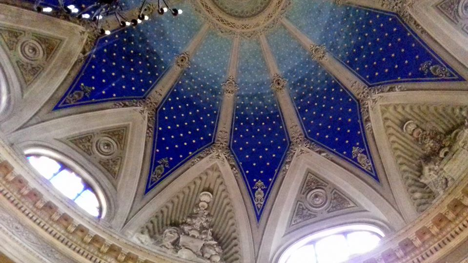 Sinagoga Mo interno